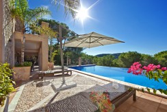 Camp de Mar – Villa in Camp de Mar mit Meerblick und Natursteinfassade